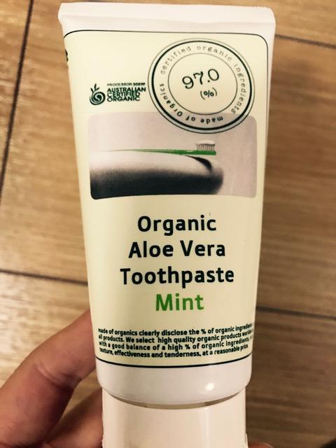 オーガニックの歯磨き粉を購入して試してみました!