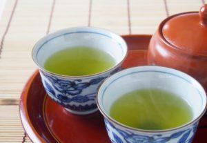 身体を中から温める緑茶には抗酸化作用があります。さびない身体作りや老化防止、風邪予防の効果も期待できます!