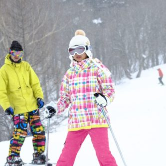 スキーやスノボー、冬の日焼け対策について詳しく説明します!