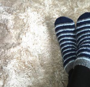 前回に引き続き、冷え取り健康法について詳しく紹介します。今回は靴下の選び方についてです!