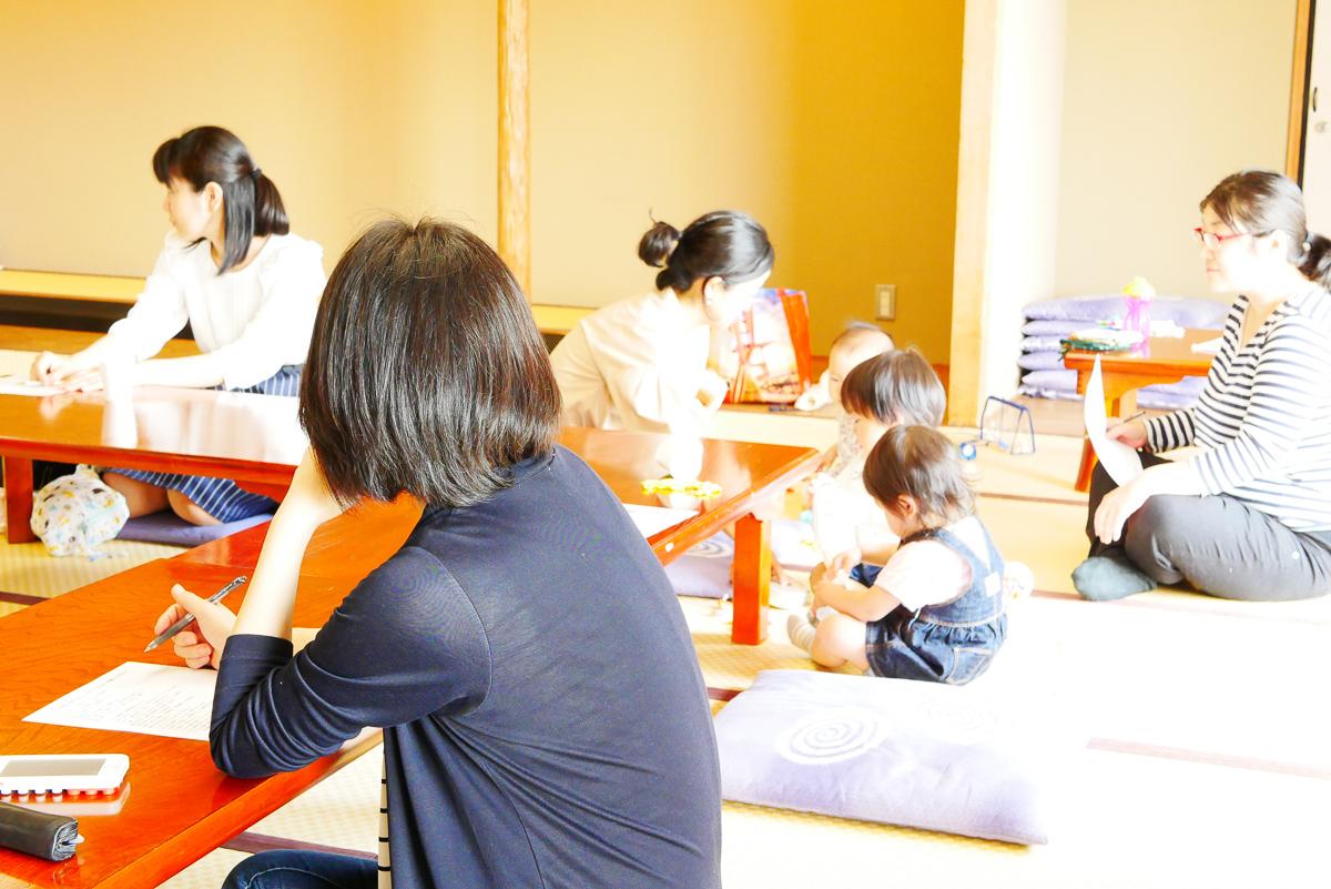 オガライフライターShioさんのセミナー「こどもの免疫力を育てるかしこいおやつとごはん」の風景