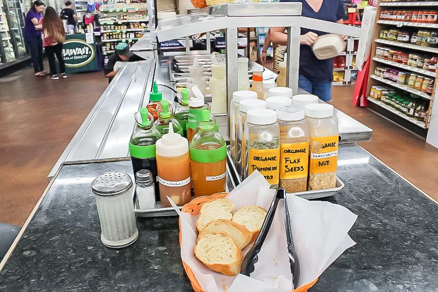 ハワイのオーガニックスーパーマーケットIsland Natural Market and Deliの店内の様子