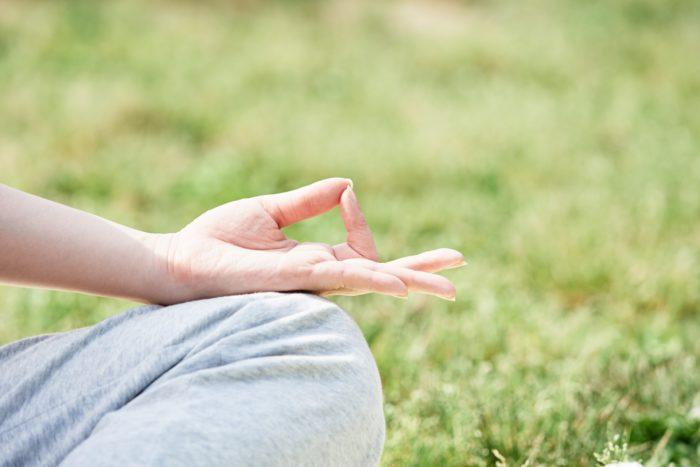 昔のヨガが今のヨガとは違い、瞑想が主体でした。