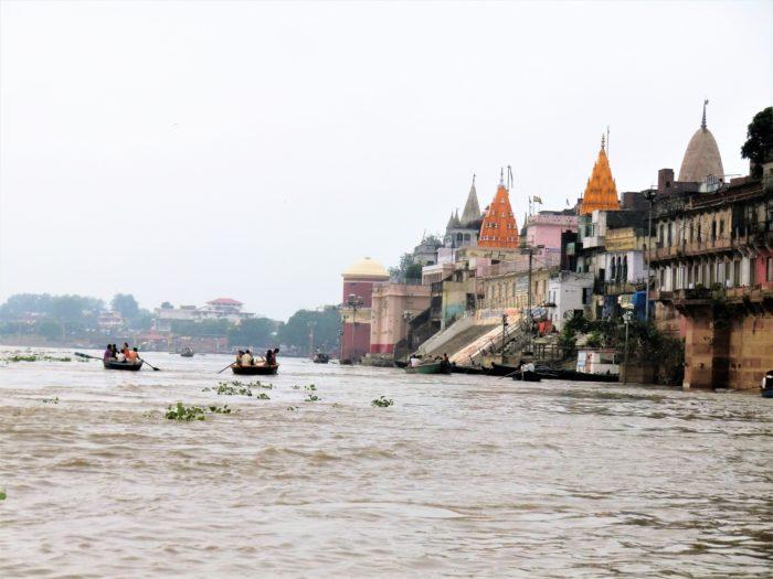 インドにヨガ留学を考えている人におすすめ!実際にインドにヨガ留学してきた体験談、感想をご紹介します。