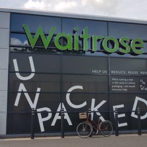 【海外生活】イギリスの大手スーパーのゼロ・ウェイスト試験店舗で買い物してみた!