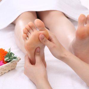 「足管理療法」の考え方と手軽にできるセルフケアをご紹介♪