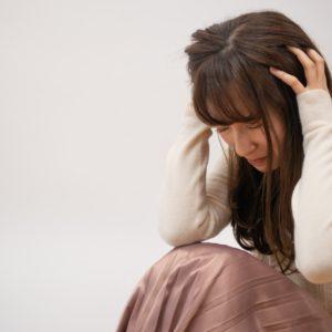 PMSで寝込んでしまう!?女性を悩ますPMSの症状と対策をご紹介!〜中編〜