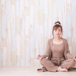 """ヨガインストラクターが解説!心穏やかに暮らすための新習慣""""瞑想""""①~瞑想の効果~"""